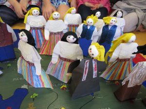 estonian-national-glothes-puppets-1